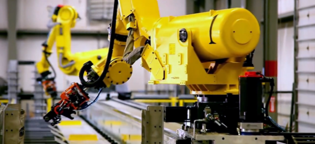 Industrial robots can now do their work uninterrupted thanks to the cloud and offline programming