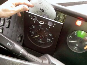 analogue tachograph