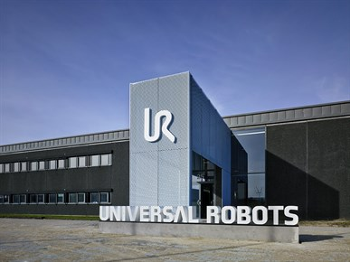 universal robots office building
