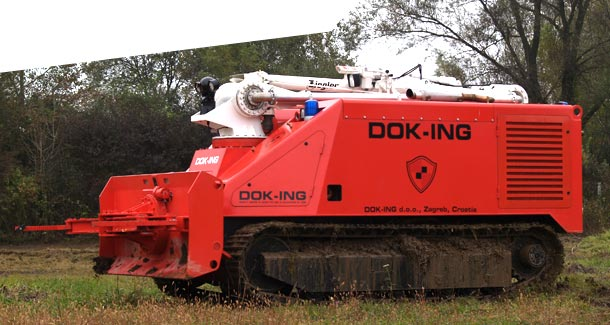 Dok-Ing discusses autonomous firefighting truck with Indonesian authorities