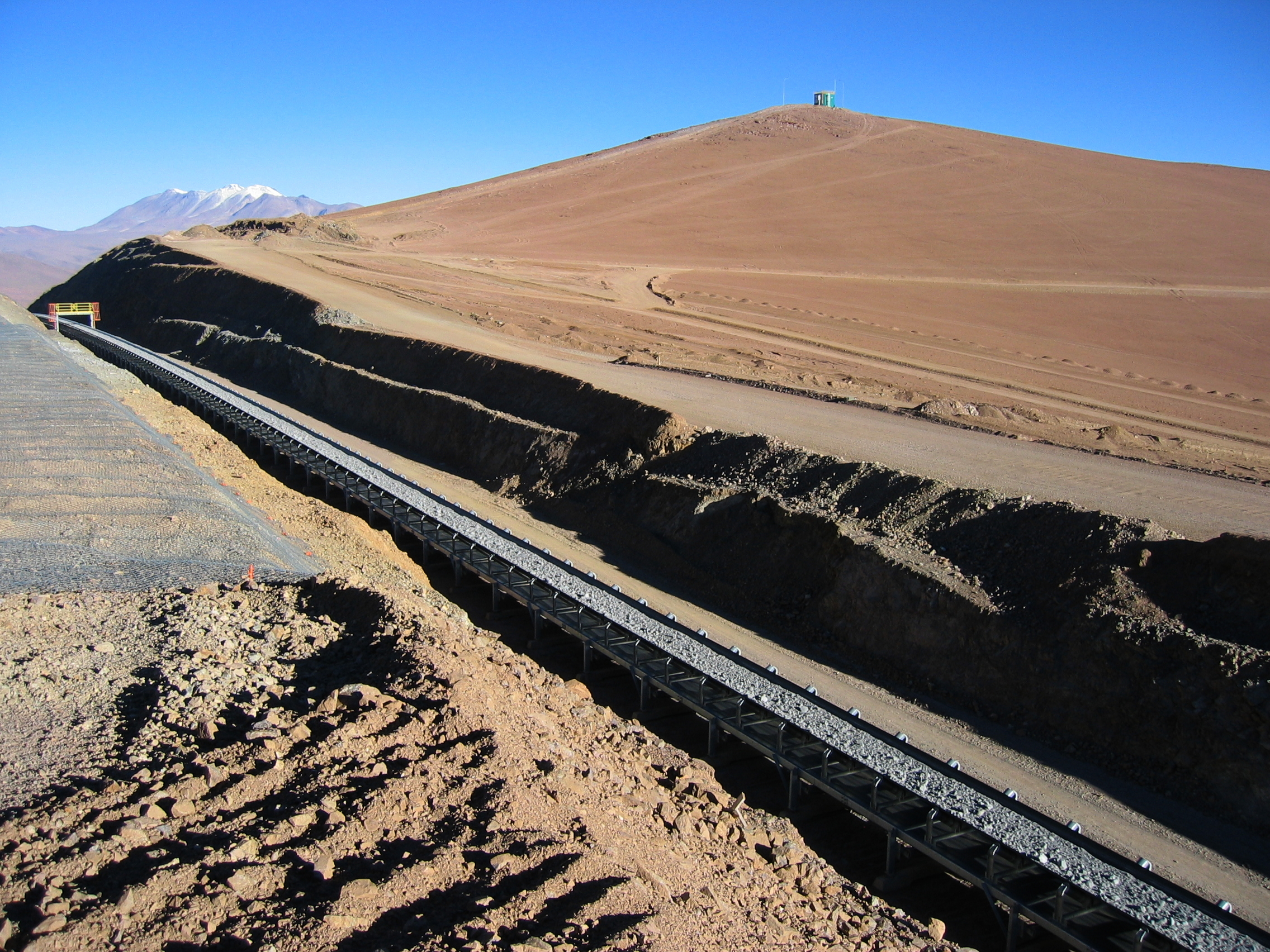 ABB to automate 13-kilometer long conveyor system at Chilean copper mine