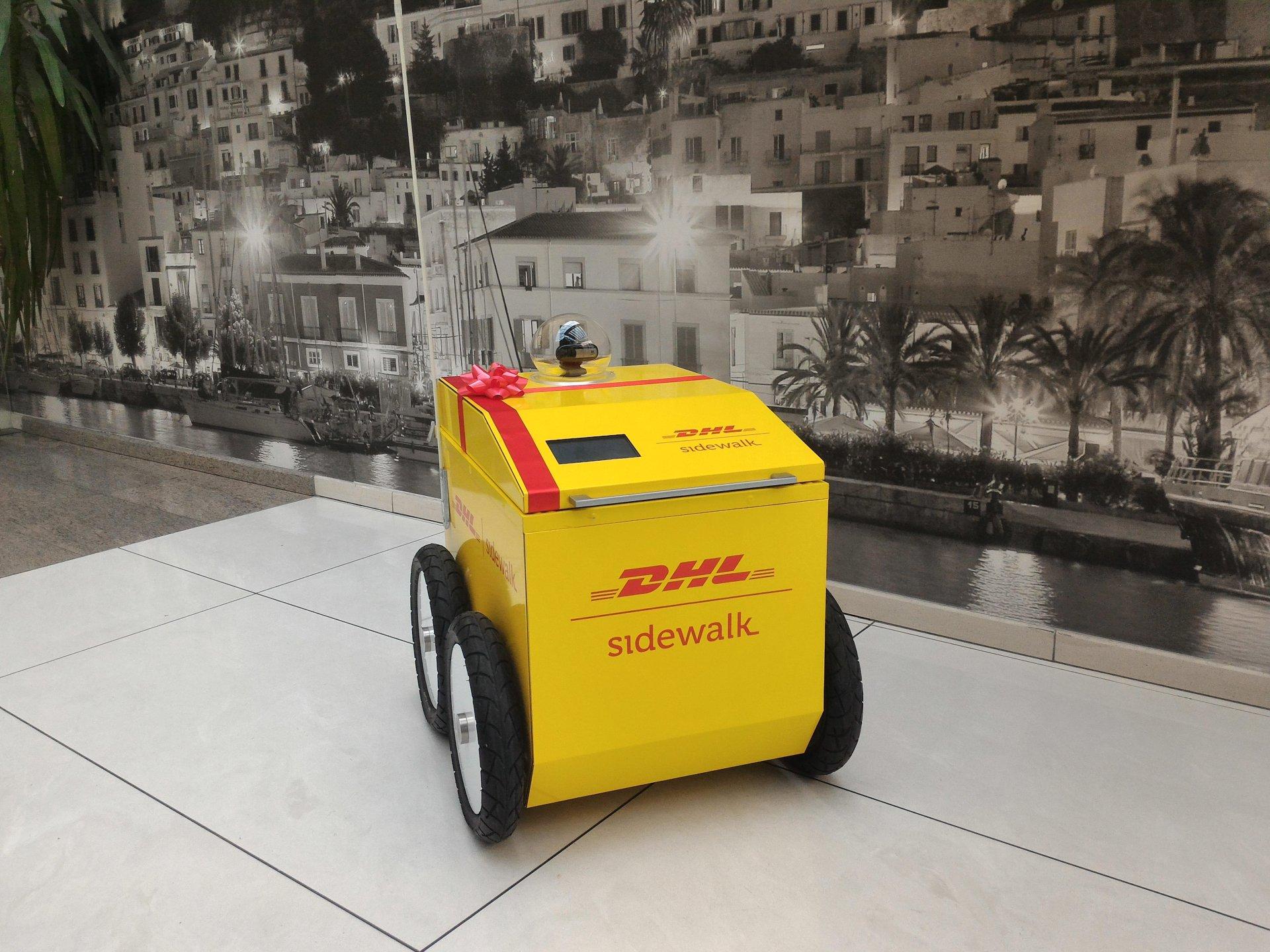 DHL sidewalk delivery robot