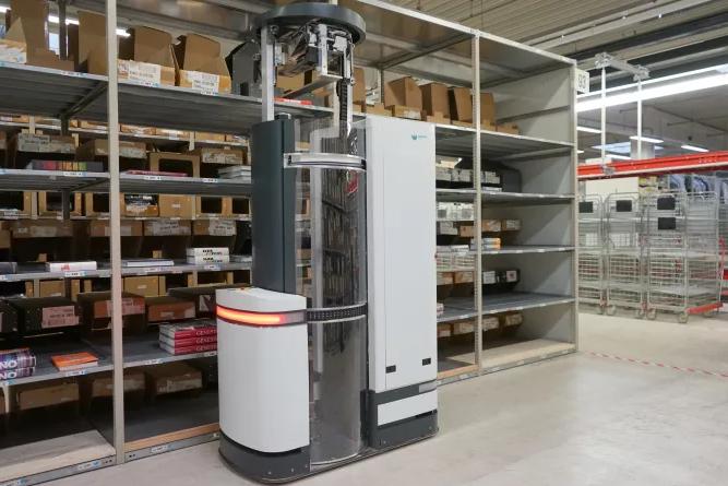 magazino logistics robot