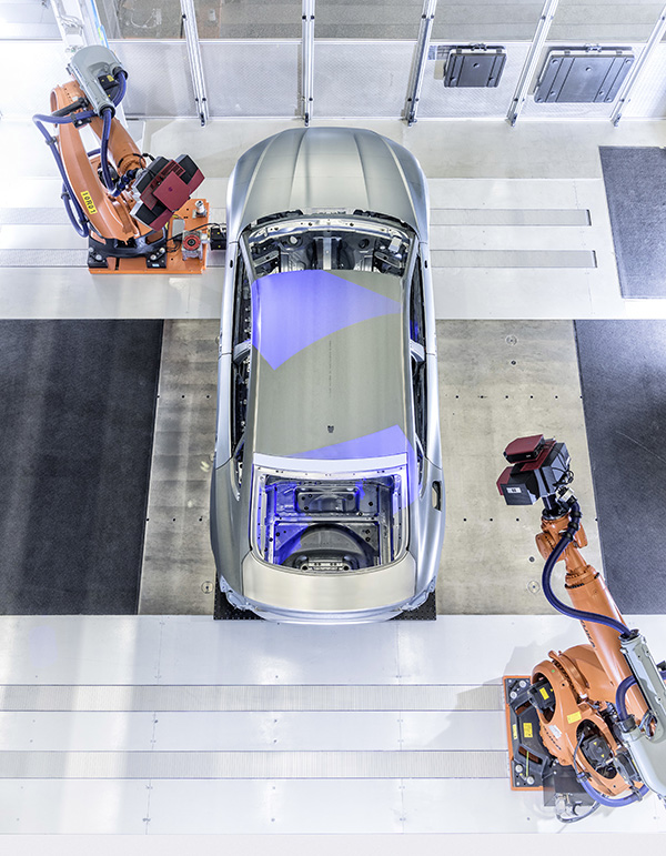 Virtual assembly technology at Audi's smart factory
