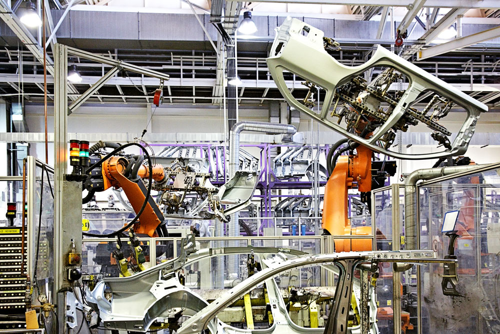 Daimler develops ways for industrial robots and factories to save energy under Areus project