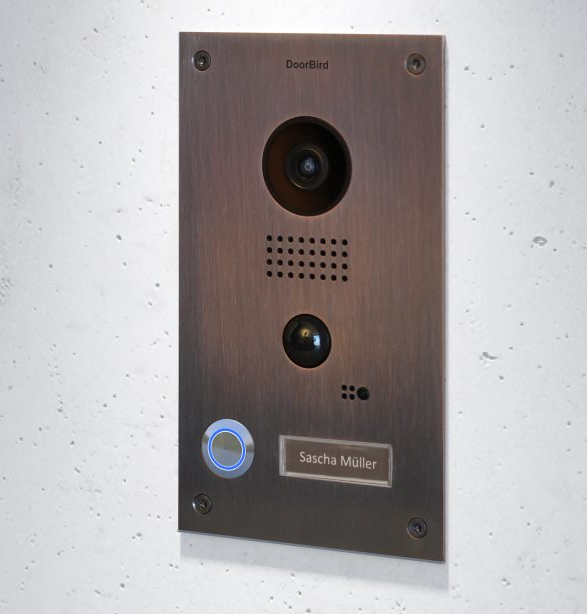 Opinion: 5 reasons why a video intercom is a must for safety in the home