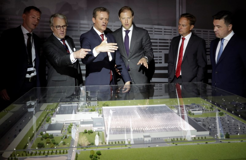 Bense, von Fritsch, Schaefer, Manturov, Ruess and Vorobyov attend a new Mercedes-Benz plant's cornerstone laying ceremony in the town of Esipovo outside Moscow