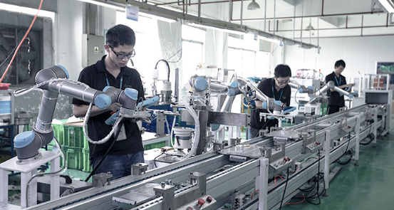 Xiamen installs 64 Universal Robots machines on production line