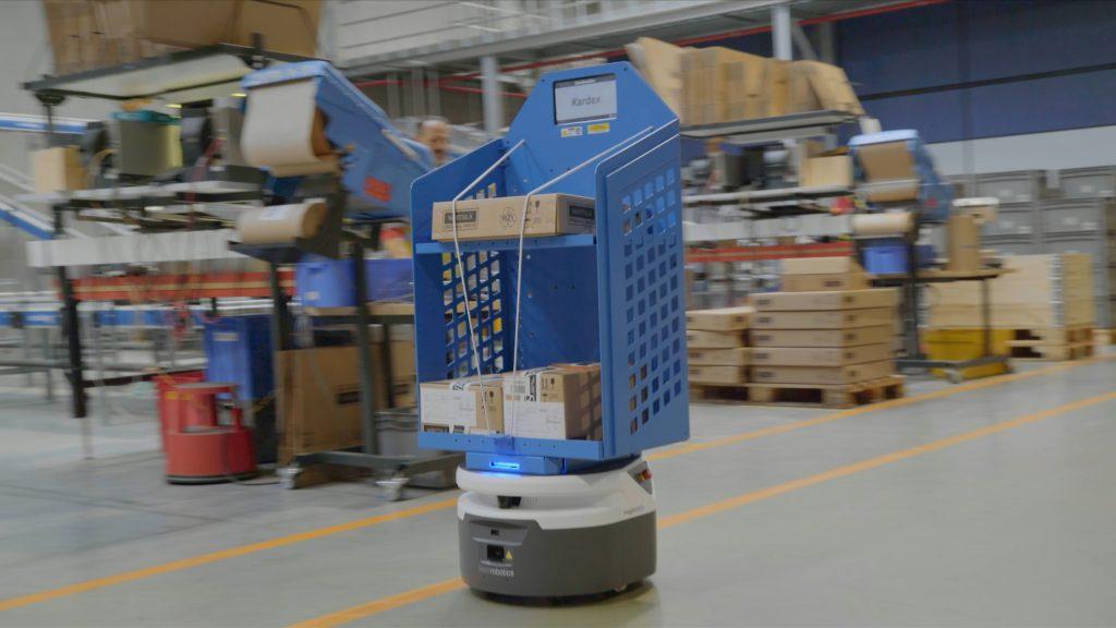 DHL-Wärtsilä-Fetch_Robot 2