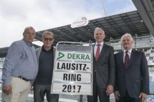 DEKRA-Ubernahme-Lausitzring-Gruppenfoto