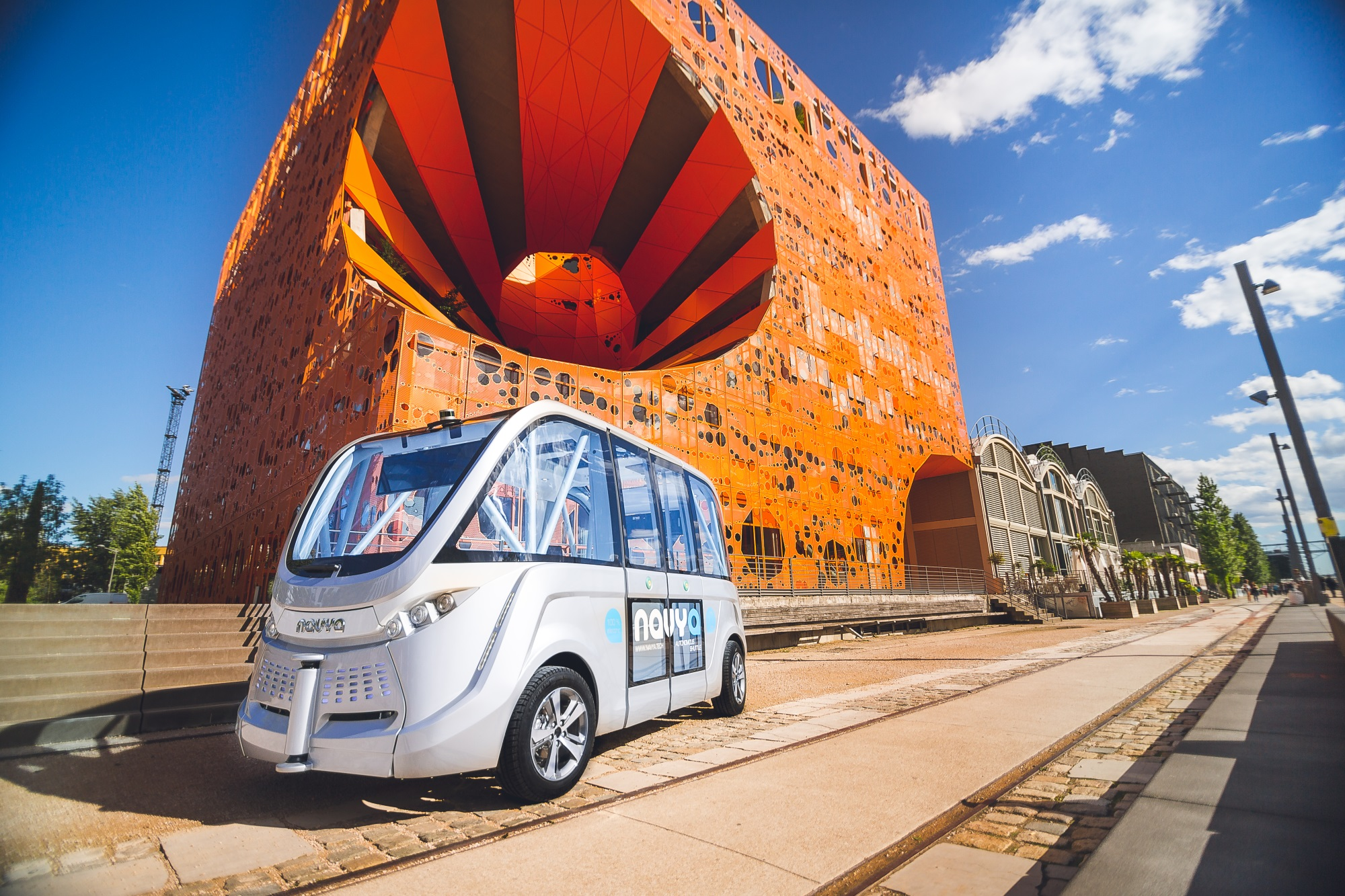 Electric autonomous vehicle maker Navya to open first US production plant