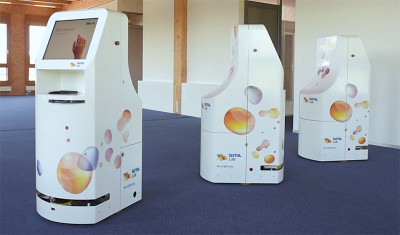 Sita Labs' new mobile robot which operates as an airport kiosk