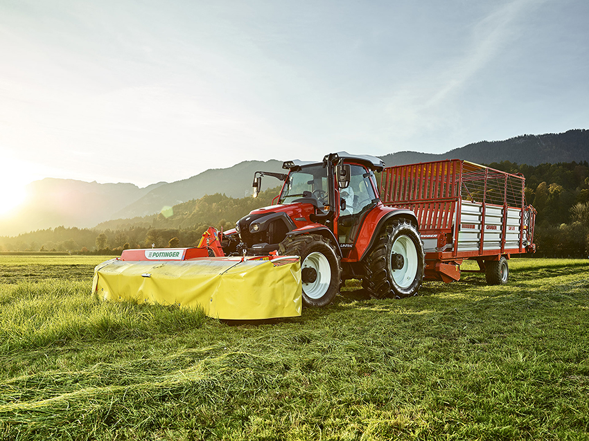 Lindner_Lintrac tractor small