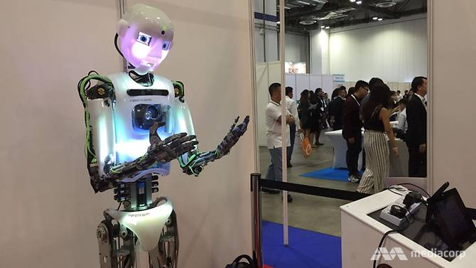 robot at singapore-international-robo-expo