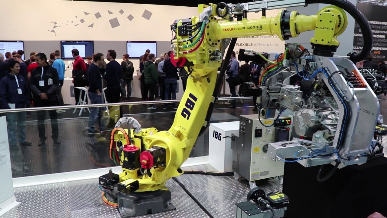 robot at hannover messe
