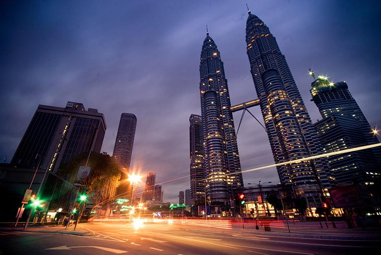 petronas-twin-towers-kuala-lumpur-malaysia small