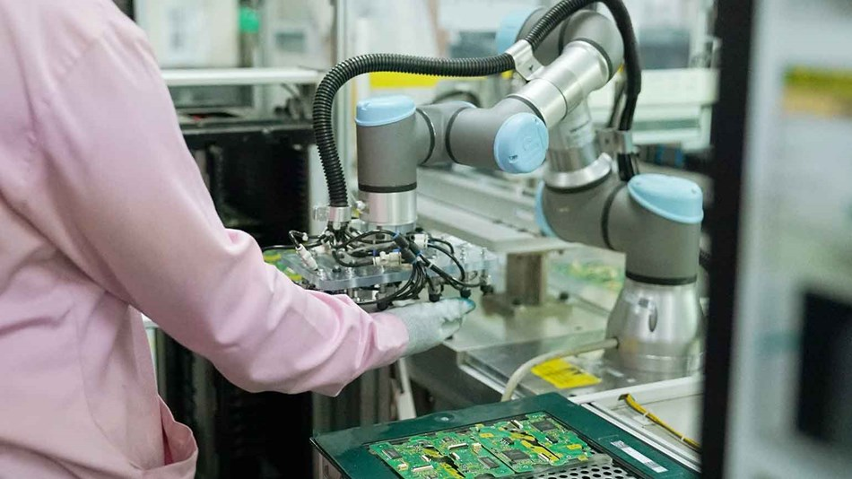 PT JVC universal robots indonesia 2