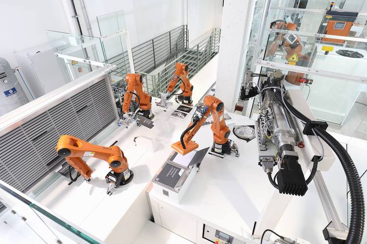 kuka SmartFactory as a Service_Overview copy
